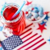 11 Möglichkeiten, kühl und erfrischend den vierten Juli feiern
