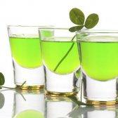 12 Getränke von St Patrick Tag, der nicht grün Bier