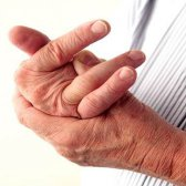 7 Home Remedies für Arthritis in den Händen und Beinen