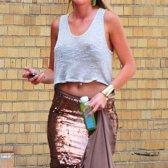 Manduka bewegt sich in das Geschäft der Yoga-Kleidung mit neuen Tanks und T-Shirts