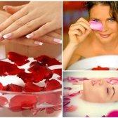 Schönheit Vorteile von Rosenwasser