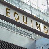 Equinox Anfrage Trainer die Muffin-Top für seine neuen Uniformen zu verlieren