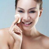 Hellawella Bett: reinigen die Haut, von Adina grigore
