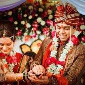Eine arrangierte Ehe ist eher in dauerhafte Liebe zu entwickeln,