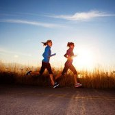 Wie man mehr Kalorien zu verbrennen? Wählen Sie Ihr Training Buddy mit Bedacht