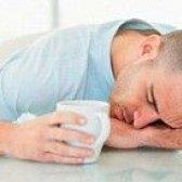 Wie der Kater vor und nach dem Trinken von Wein zu vermeiden