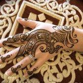 Kommentar entfernen Henna Körper