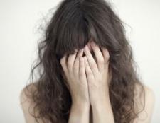 10 Anzeichen dafür, dass Ihr Kind ist in einer gewalttätigen Beziehung