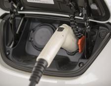 Zusätzlich Garage Ausgabe für die Elektro-Auto