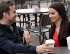 5 einfache Tipps zu flirten, ohne ein solches Kriechen zu begegnen
