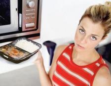 Amerikaner verbringen fast 25% des Lebensmittel Geld für verarbeitete Lebensmittel