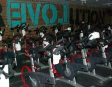 In den letzten Workshop Bike-and-Yoga New York, ist jede Klasse für einen guten Zweck