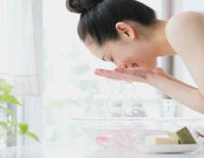 Bester Reiniger für trockene Haut im Gesicht - 5 Gesichtsreinigung Tipps