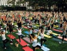 Kostenlose Yoga Donnerstags: Sommer ein neues Phänomen NYC?