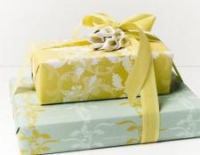 Wie viel auf einem Hochzeitsgeschenk zu verbringen