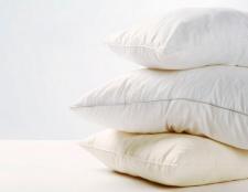Wie Sie Ihre alte Kissen und Handtücher, DIY-Stil zu aktualisieren