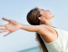 Wie natürlich Atemlosigkeit zu Hause zu behandeln - 6 Tipps