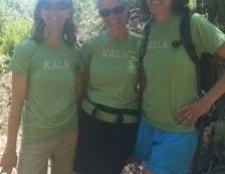 Kale Naht: drehen modische dunkelgrünes Blatt
