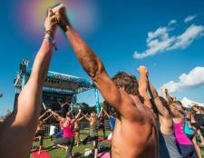 Fernweh zum Auftakt der Sommer mit einem Rundgang Yoga Vier Stadt