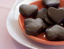 Arbeitszimmer: dunkle Schokolade ist gut für das Herz