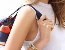 Tory Burch ist eine stilvolle Kollektion mit Fitbit starten