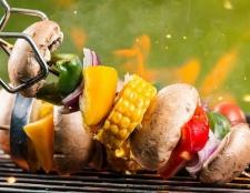 Was ist der beste Weg, zu grillen? Holzkohle oder Gas-Grill?