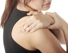 Schmerz unter dem Schulterblatt