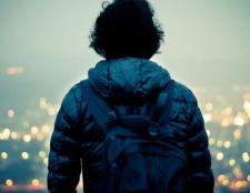 Welche Gründe gießen sollte jeder allein in weniger eine Zeit in seinem Leben reisen