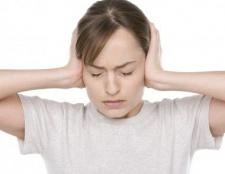Was verursacht heftige Schmerzen hinter dem Ohr?